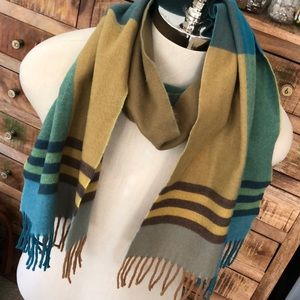 100% cashmere color block scarf made in Scotland